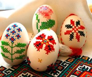 huevos_bordados